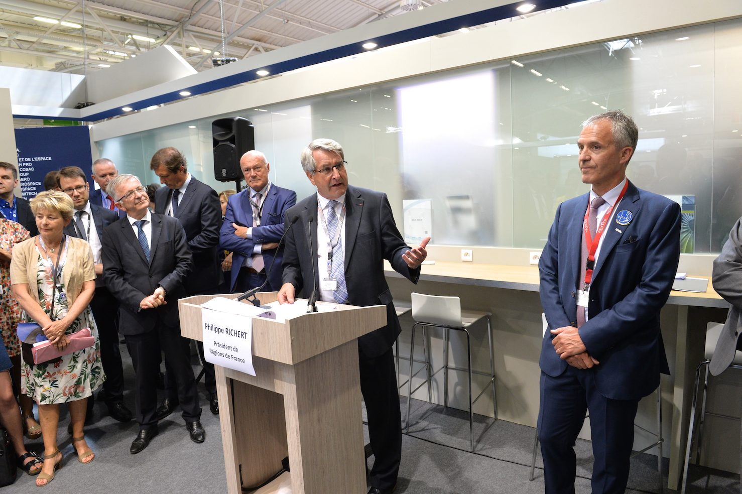 regions, France, aeronautique, industrie, territoire, emploi, performance, phase 2, programme, le bourget, salon, signature, economie, GIFAS, Philippe Richert, president